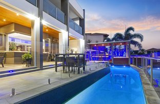 Picture of 9 Kensington Mews, Sovereign Islands QLD 4216