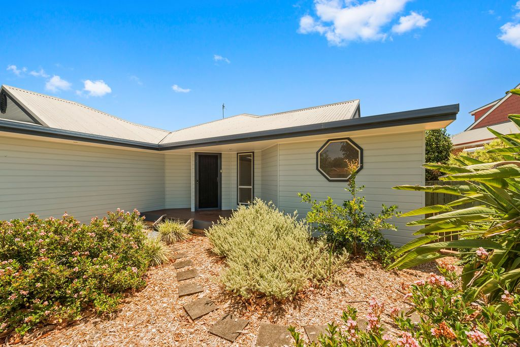 2 Honeyeater  Way, Coffs Harbour NSW 2450, Image 1