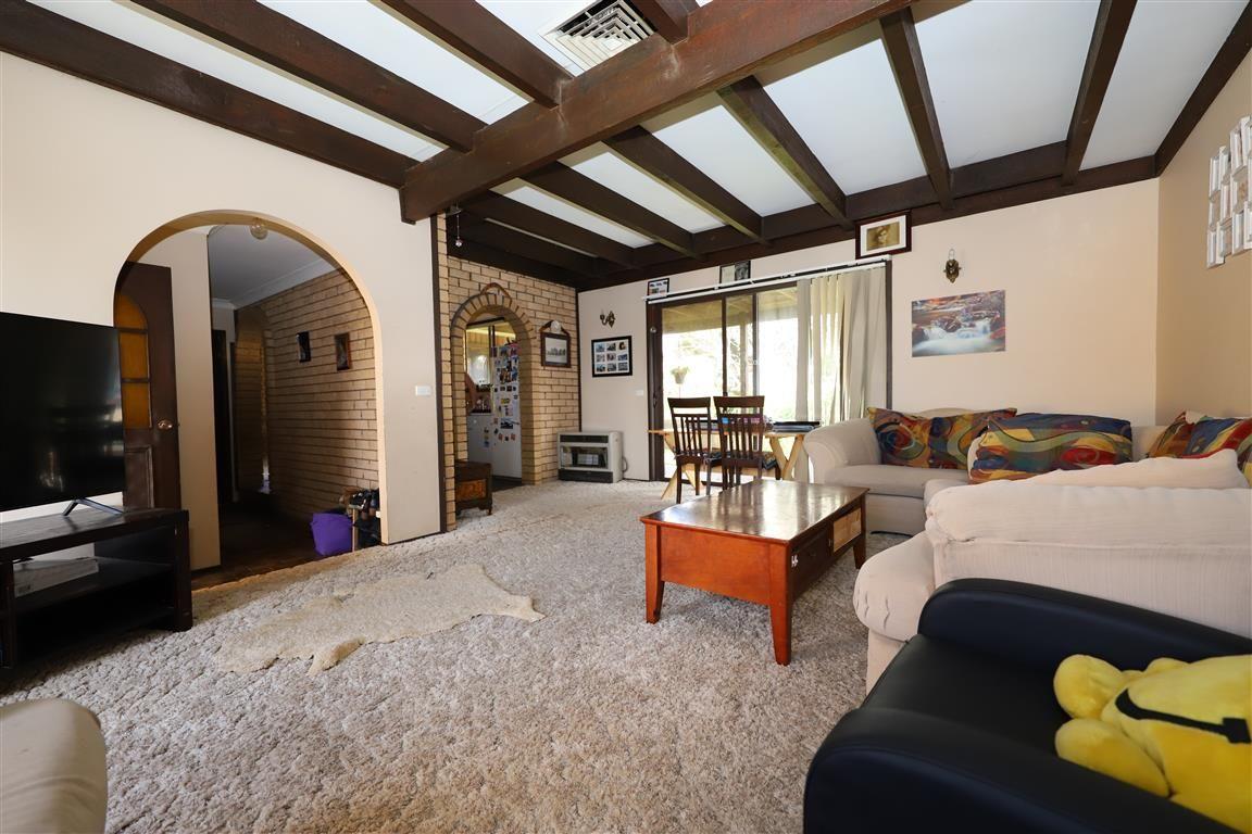 3 Gadara Place, Tumut NSW 2720, Image 2