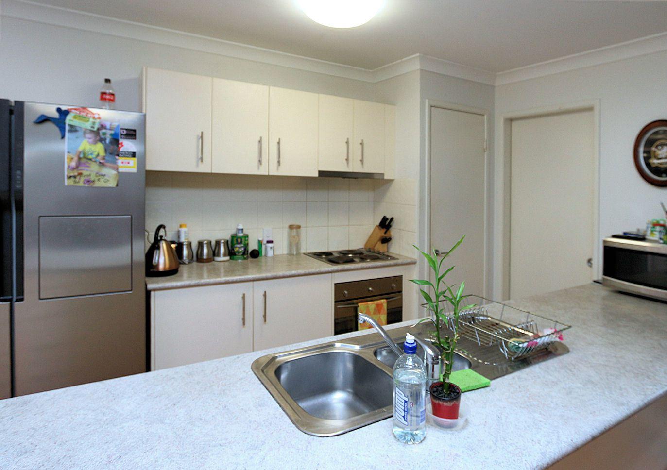 9 Amaroo Cres, Innes Park QLD 4670, Image 2