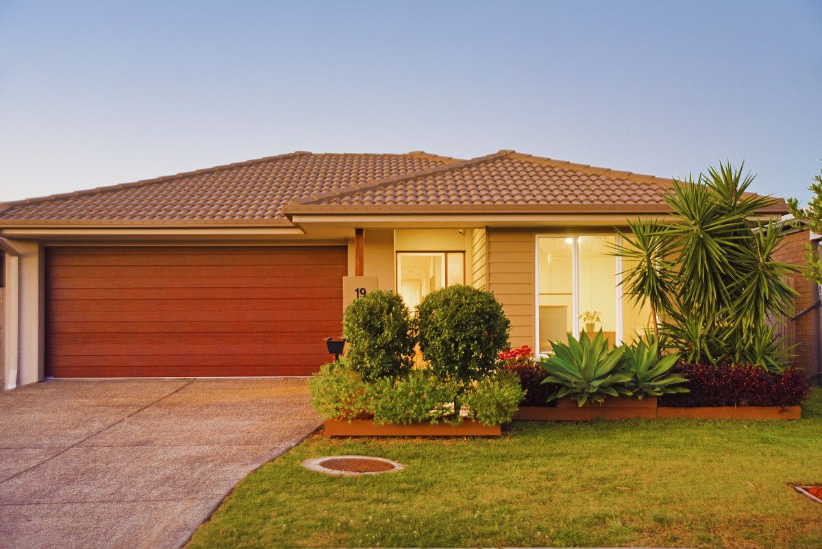 19 Apple Crescent, Caloundra West QLD 4551, Image 1