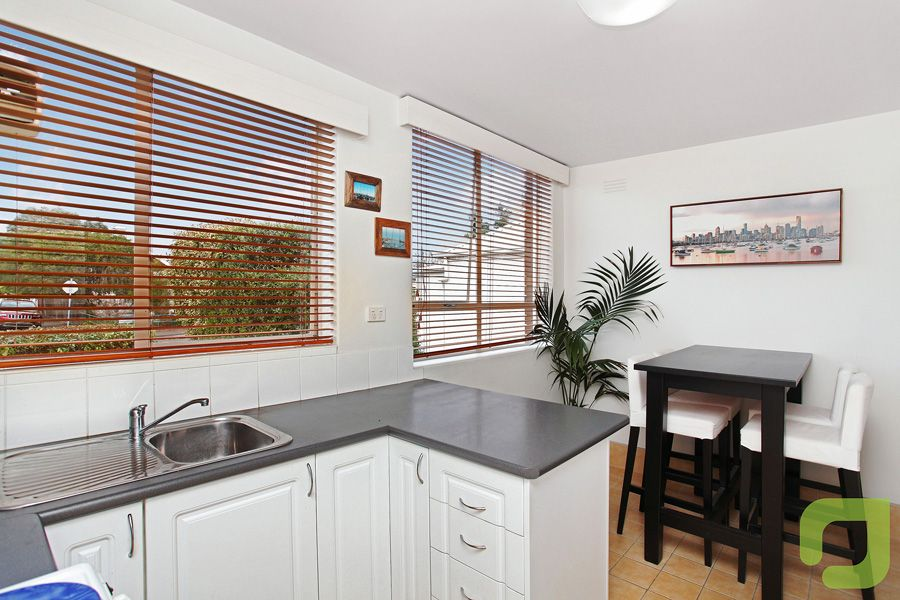 1/13 Dover Road, Williamstown VIC 3016, Image 0