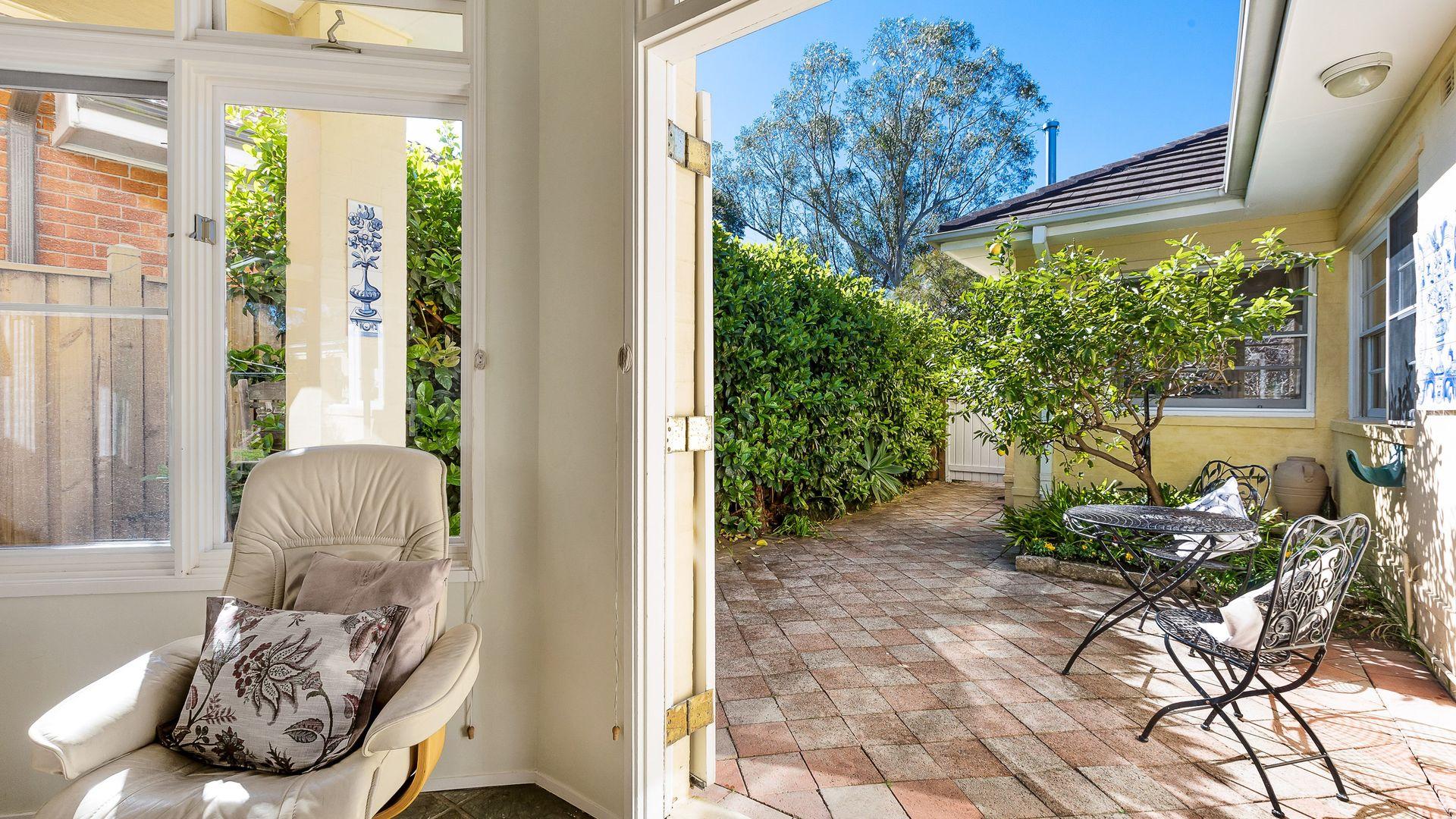 57 Coronga Crescent, Killara NSW 2071, Image 2