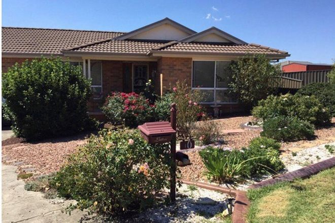 Picture of 10 Samuel Place, GOULBURN NSW 2580