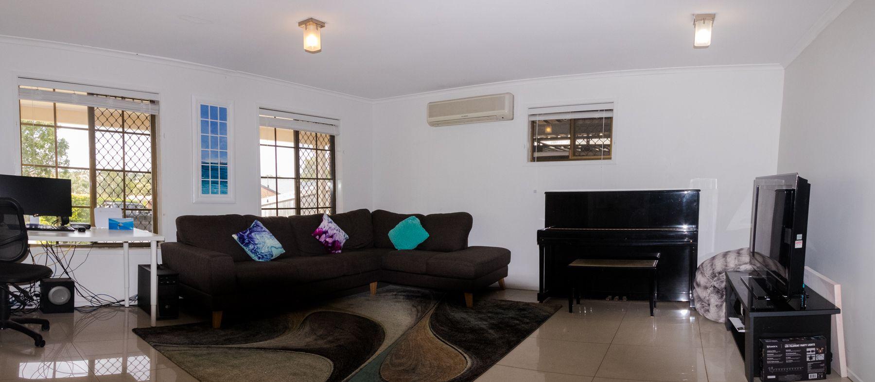 16 Konda Street, Riverhills QLD 4074, Image 1
