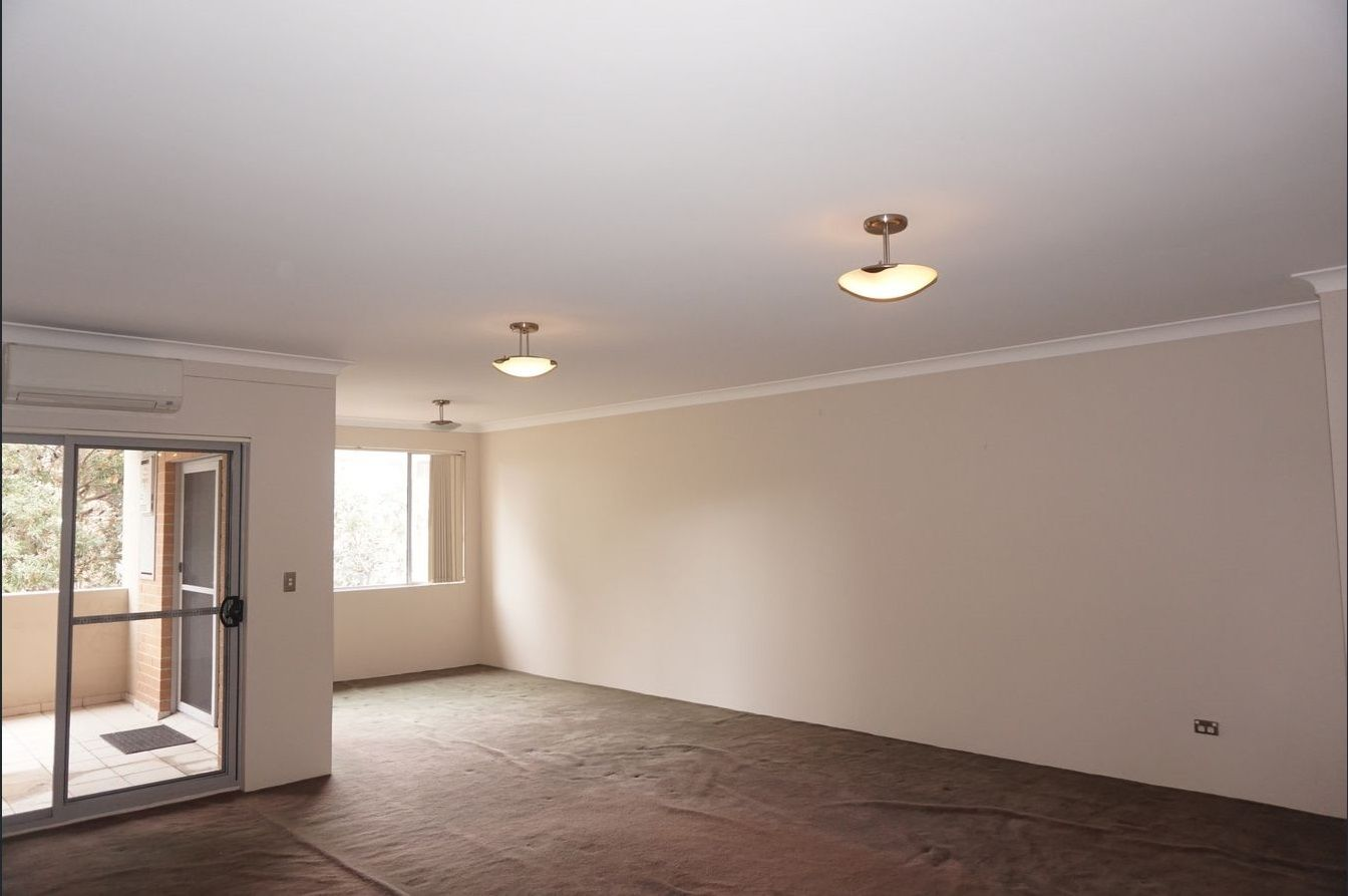 8/13 Mill Street, Carlton NSW 2218, Image 1