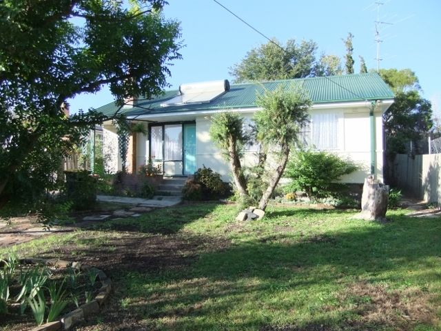 5 McCleery Avenue, Moss Vale NSW 2577, Image 0