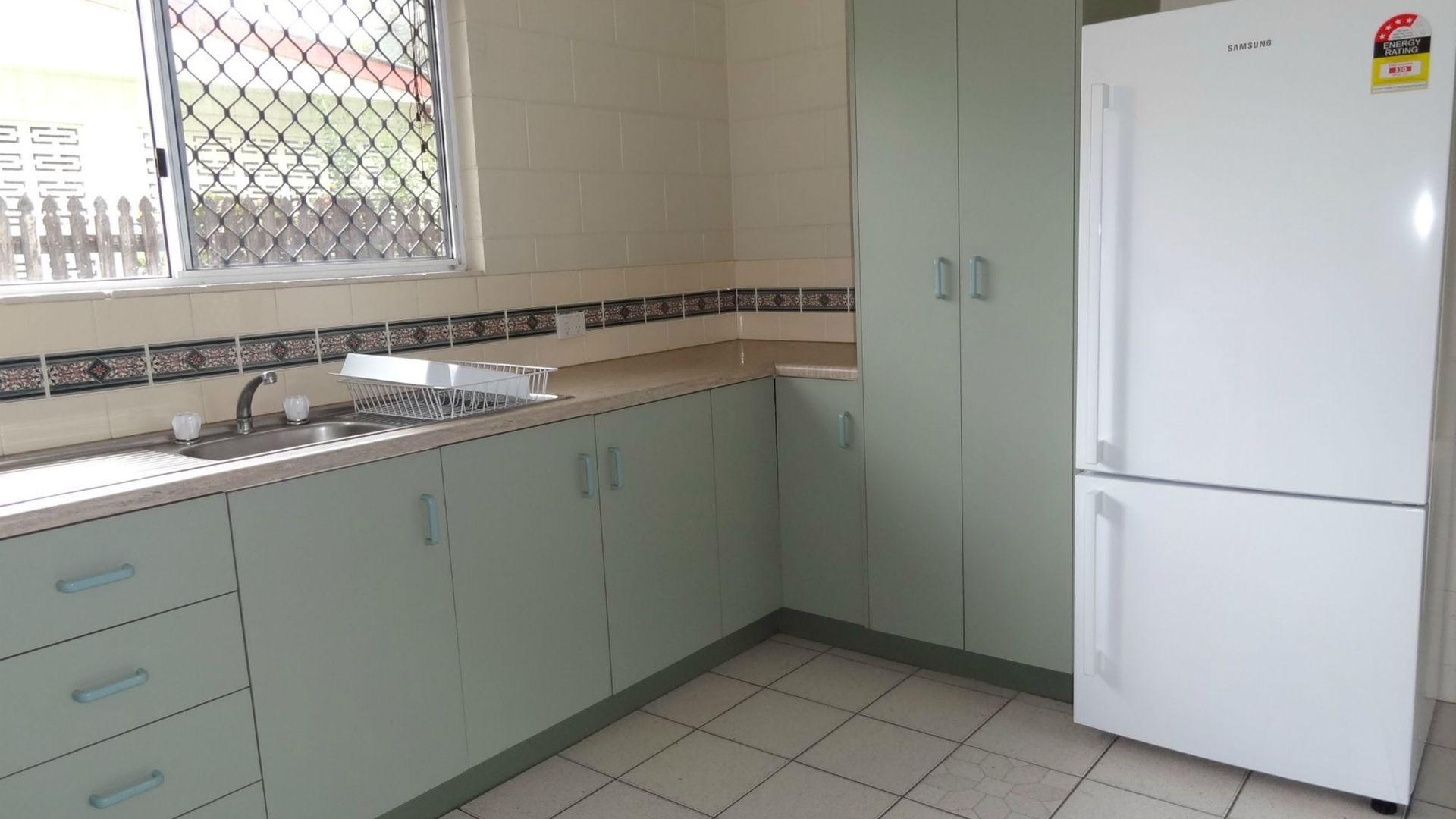 Unit 1/231 Victoria Street, Cardwell QLD 4849, Image 2
