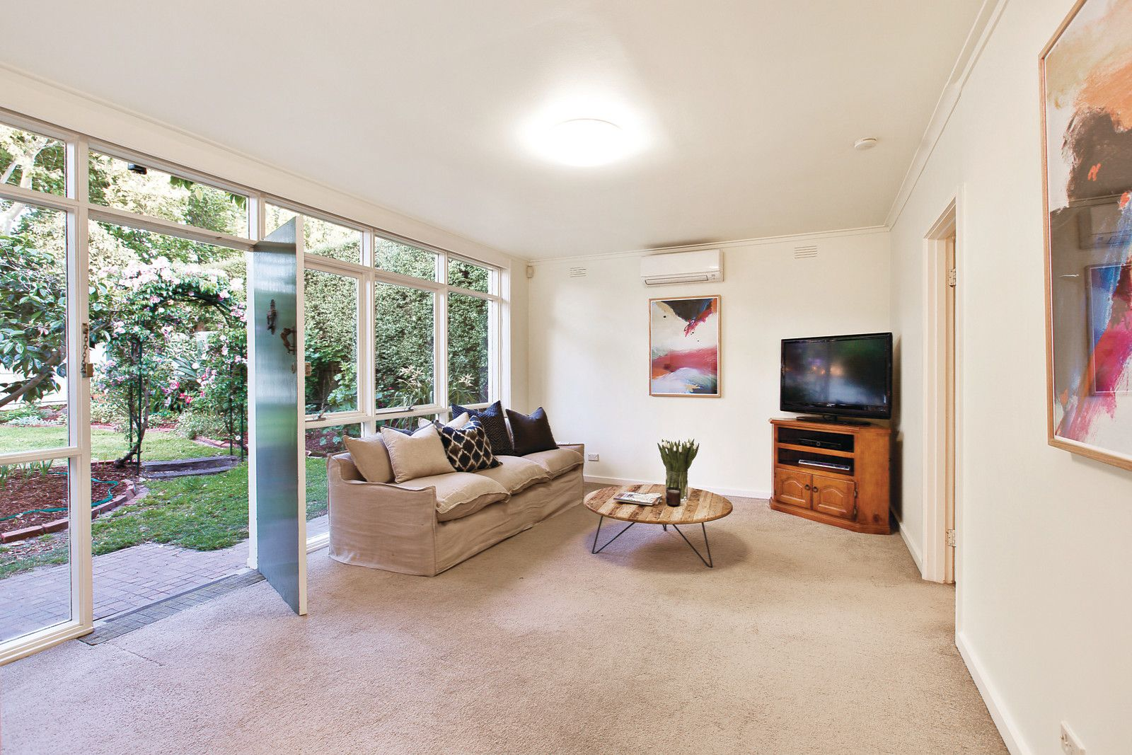 82 Finch Street, Malvern East VIC 3145, Image 2