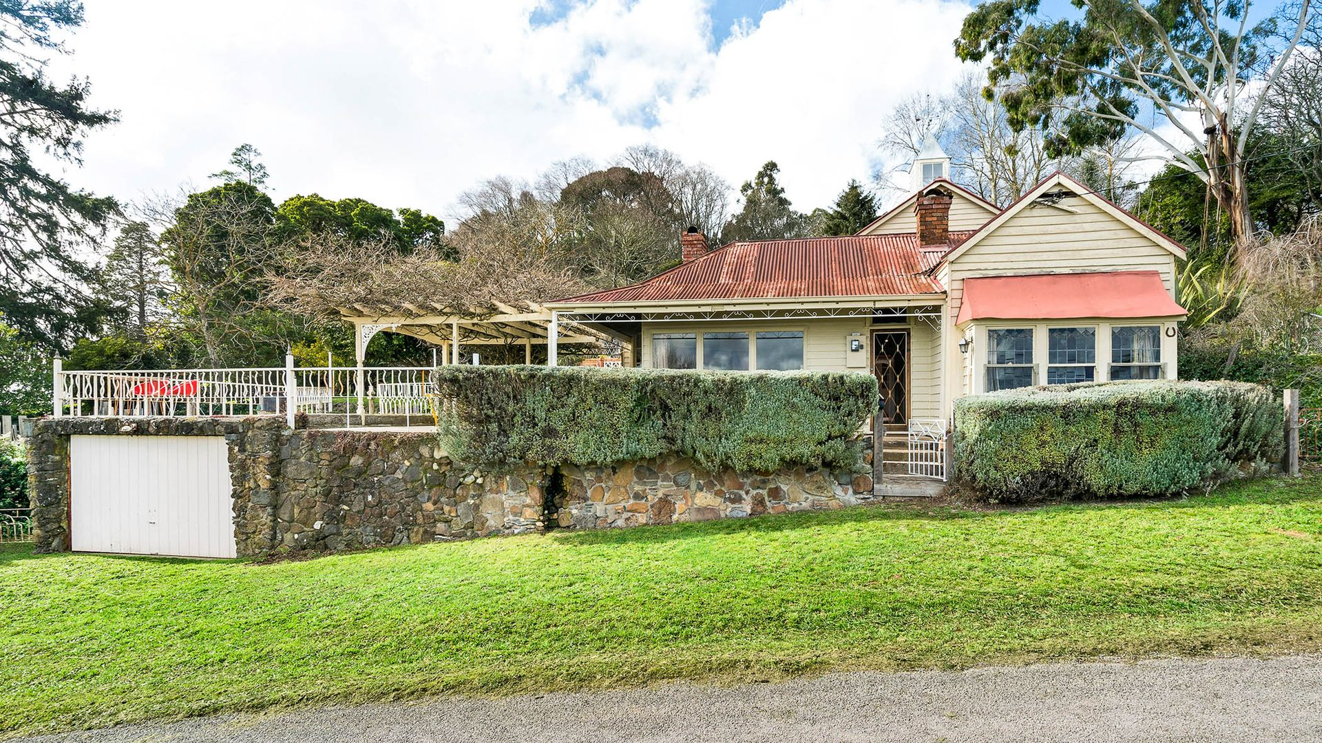 15 Daly Street, Daylesford VIC 3460, Image 1