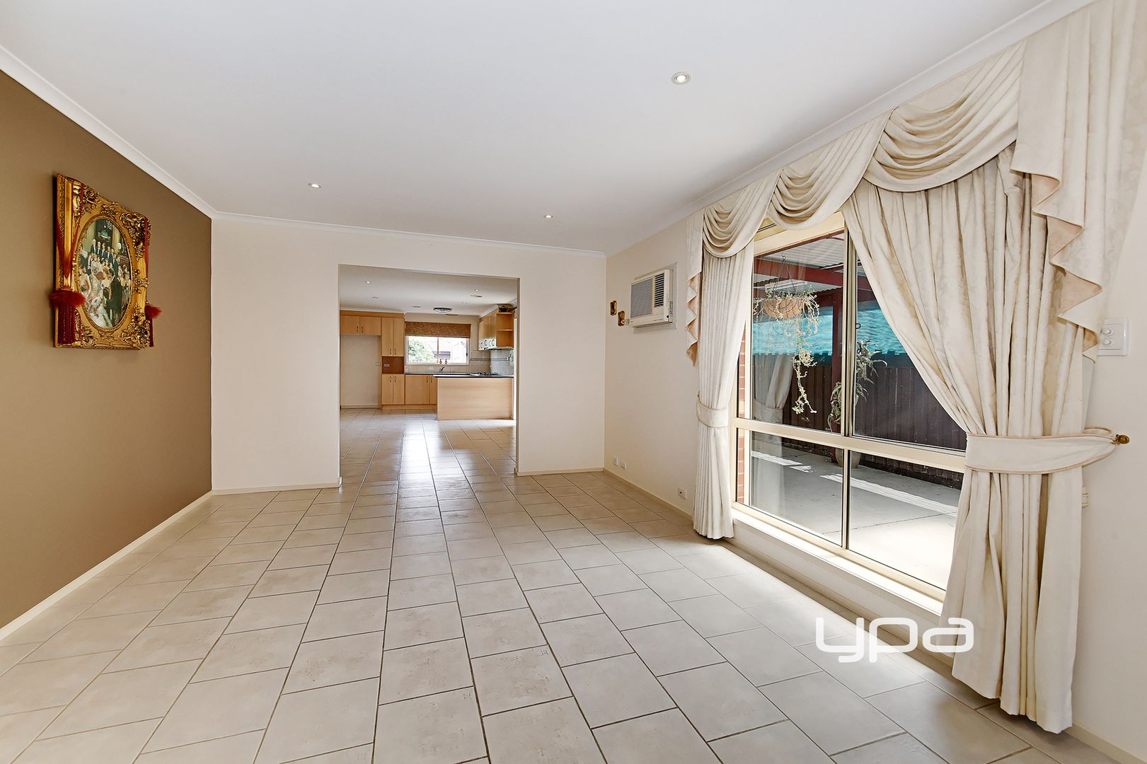 5 Johnson Bowl, Meadow Heights VIC 3048, Image 1