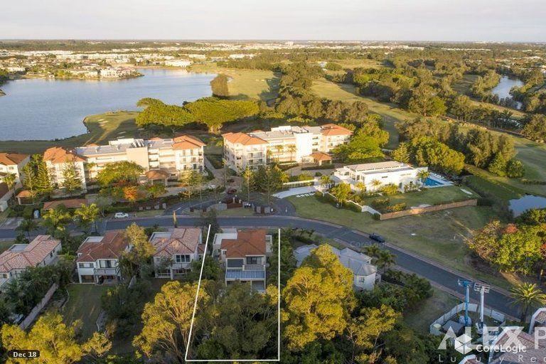 8395 Magnolia Drive, Hope Island QLD 4212, Image 2
