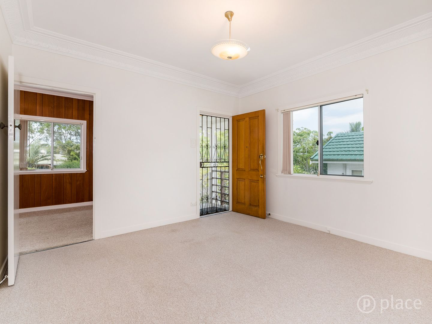 70 Price Street, Oxley QLD 4075, Image 2
