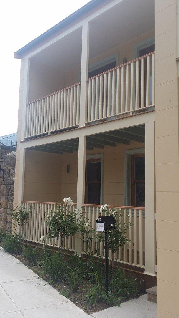 5/207 Menangle Street, Picton NSW 2571, Image 0