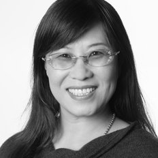 Jennifer Guo, Sales representative