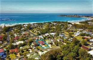 Picture of 10 Ocean Links Close, Safety Beach NSW 2456