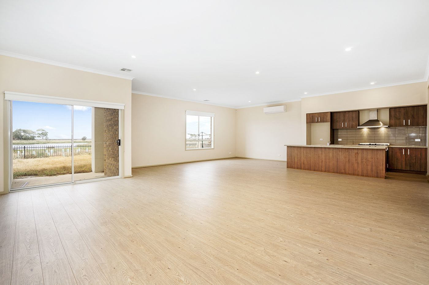 9 Brighton Bay View, Point Cook VIC 3030, Image 2