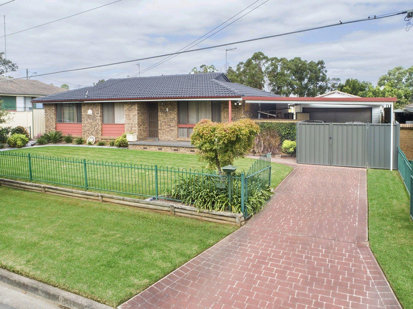 4 Oag Crescent, Kingswood NSW 2747, Image 0
