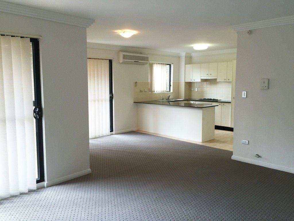 31/49 Dobson Cres, Baulkham Hills NSW 2153, Image 1