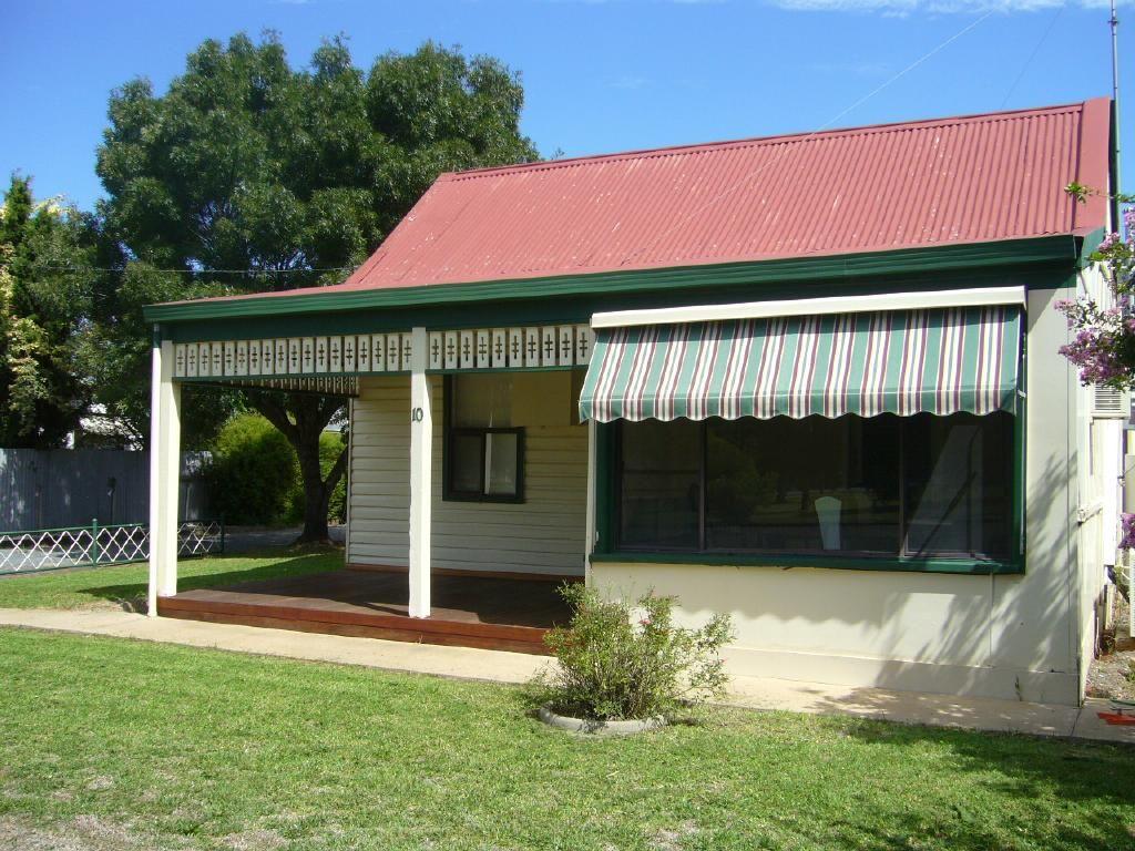 10 Mahonga Street, Jerilderie NSW 2716, Image 0