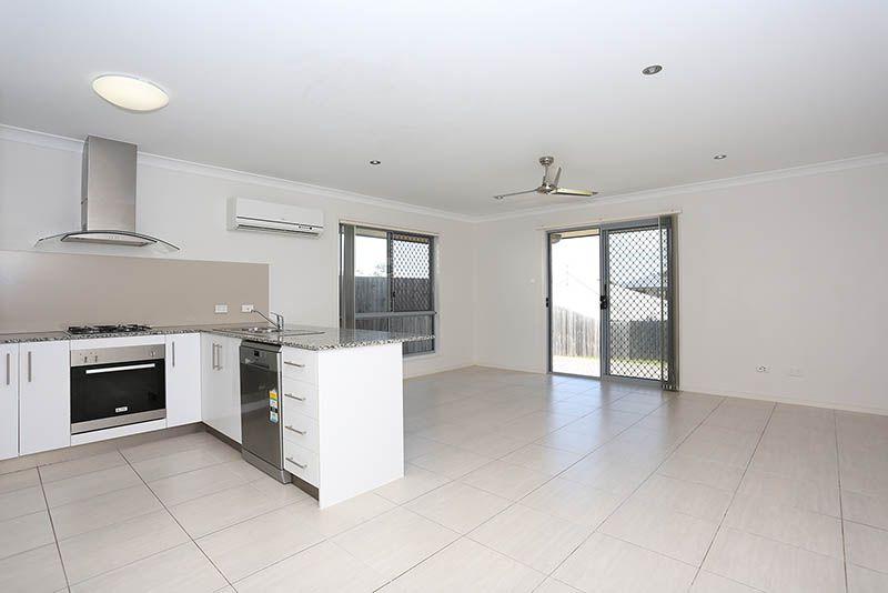 1/9 Applewood Court, Kallangur QLD 4503, Image 1