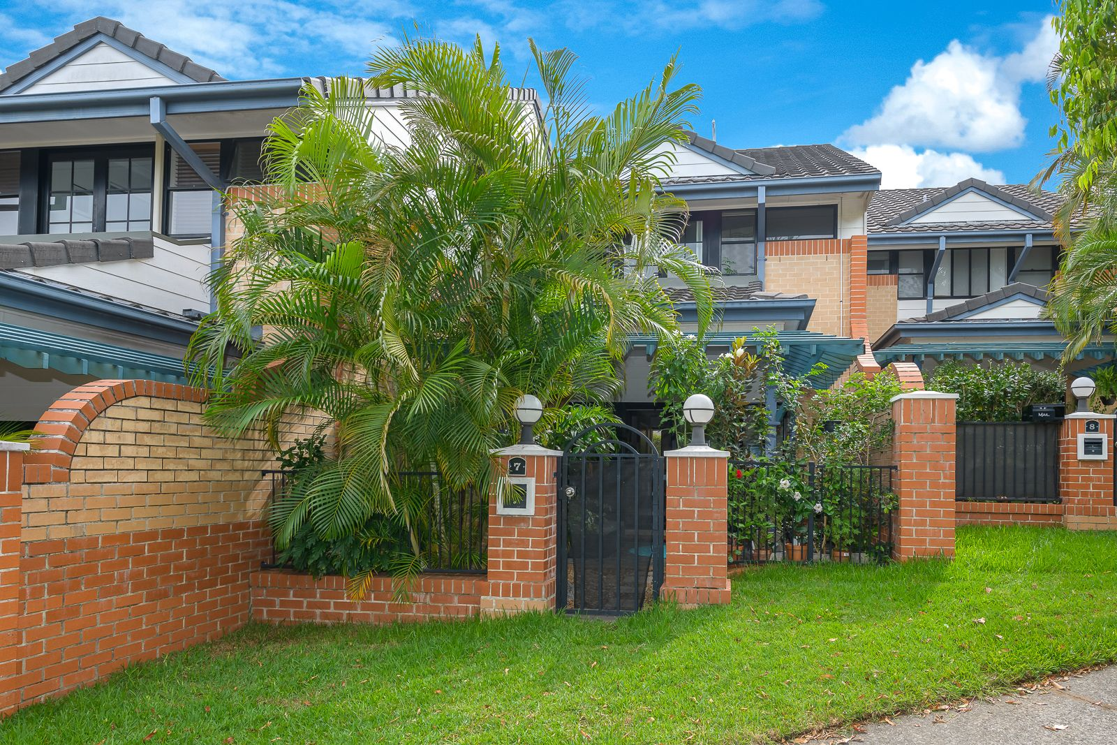 7/1 Hillridge Crescent, Varsity Lakes QLD 4227, Image 0