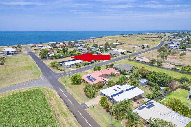 Picture of 53 Rickerts Rd, BURNETT HEADS QLD 4670