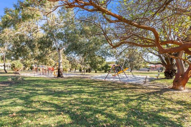 Picture of 4 Welby Place, MYAREE WA 6154
