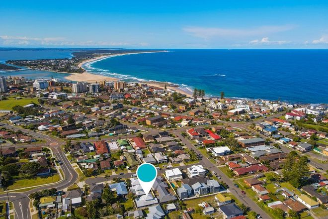Picture of 3/47 Boomerang Road, BLUE BAY NSW 2261