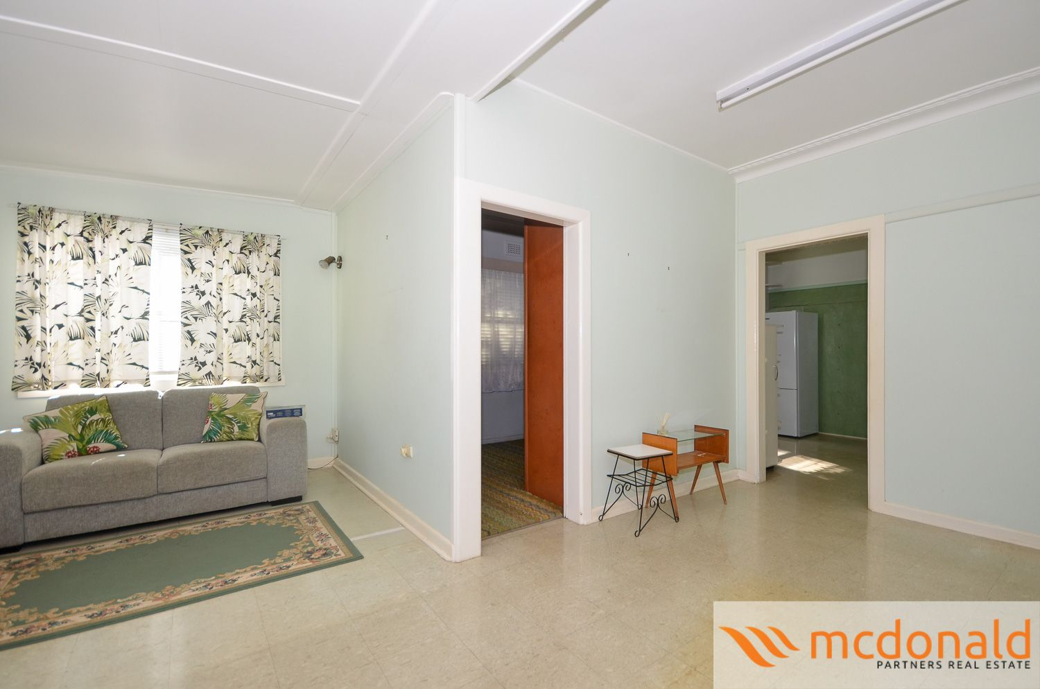 121 Manchester Road, Gymea NSW 2227, Image 2