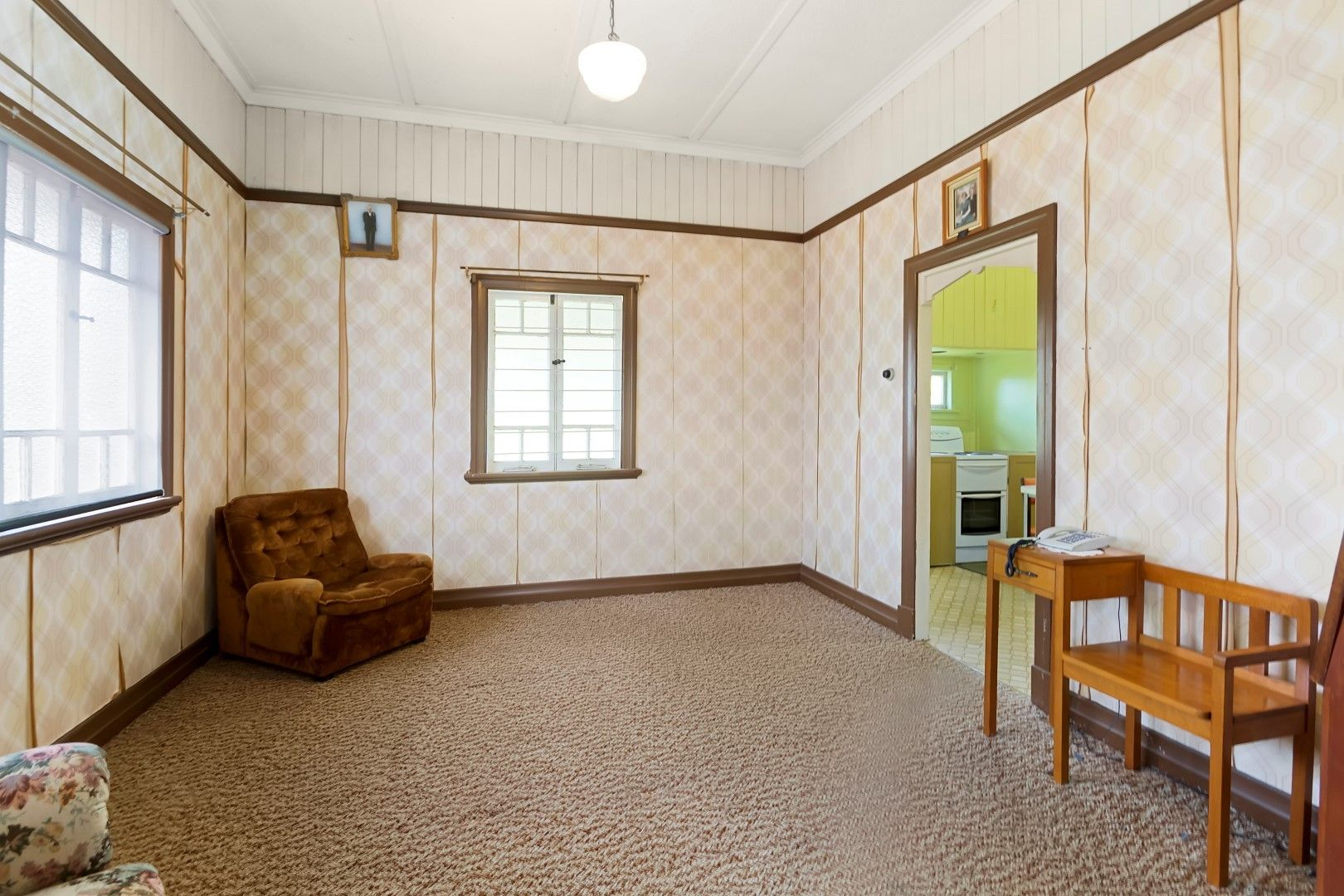 19 Pemberton Street, Booval QLD 4304, Image 2