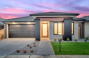 Picture of 8 Weston Street, Mickleham VIC 3064