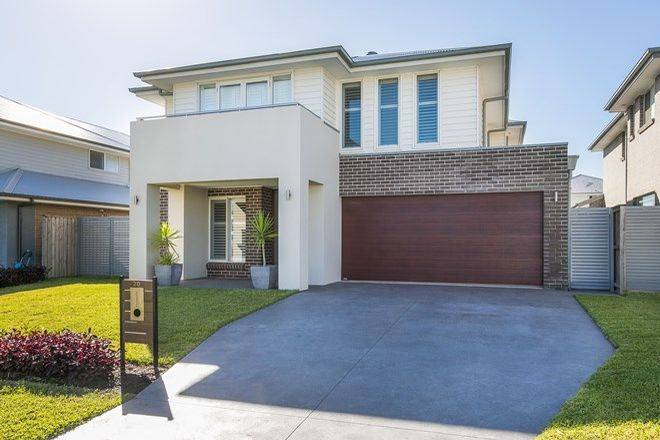 Picture of 20 Wategos Street, GREENHILLS BEACH NSW 2230