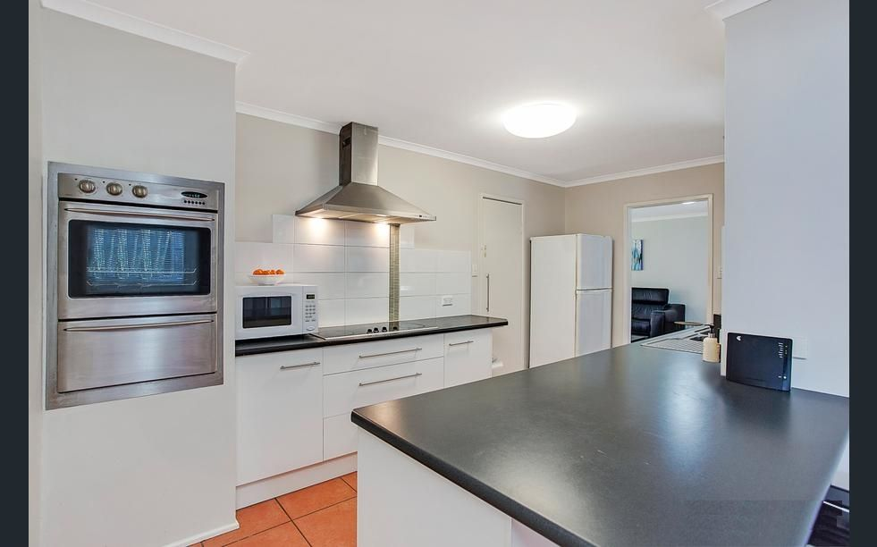 57 Macquarie Ave, Molendinar QLD 4214, Image 1