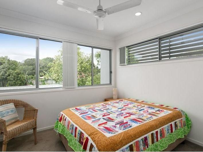 63 Sean Street, Boondall QLD 4034, Image 2