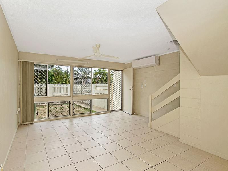 3/165 Francis Street, West End QLD 4810, Image 2