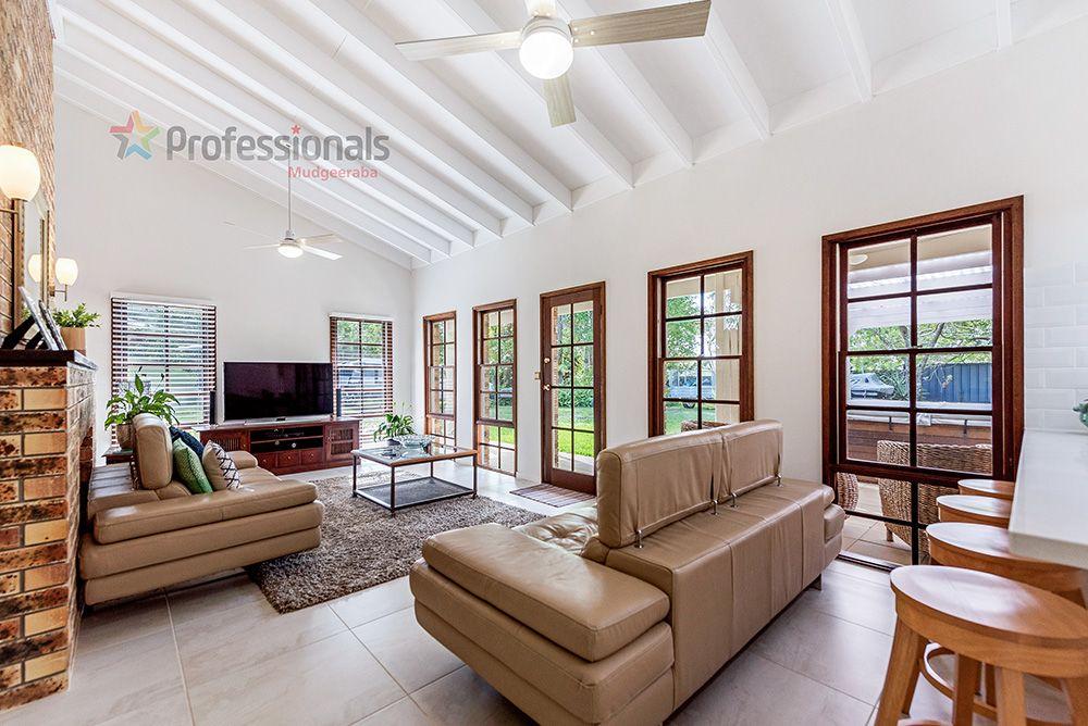 4 Cromwell Court, Tallai QLD 4213, Image 0