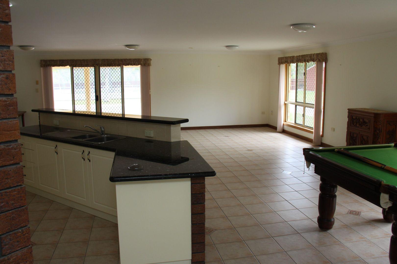 25 Selma Court, Tannum Sands QLD 4680, Image 2