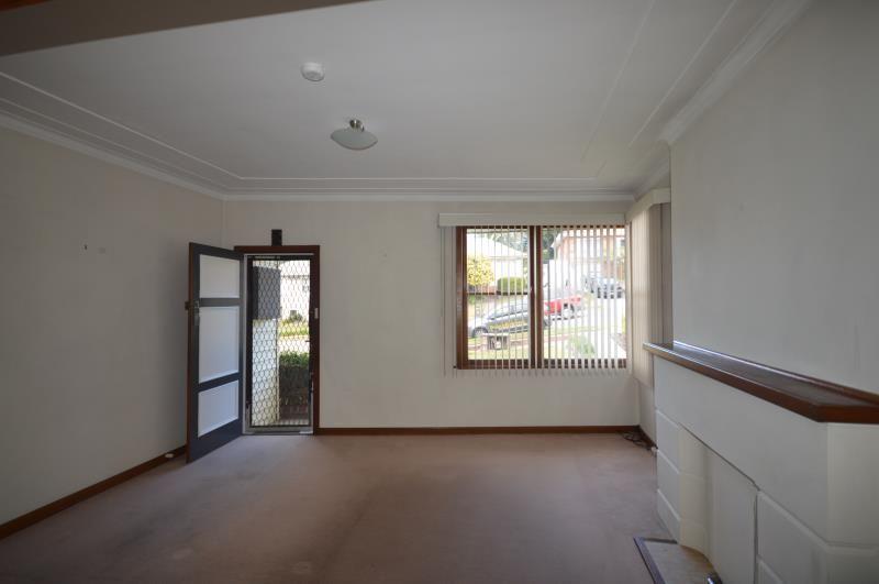 26 Clinton Avenue, Adamstown Heights NSW 2289, Image 1