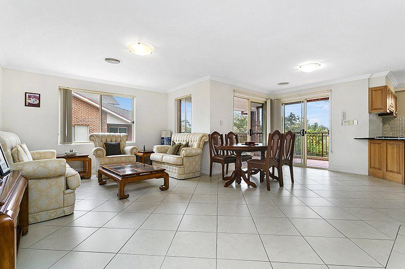 10/19-29 Sherwin Ave, Castle Hill NSW 2154, Image 2
