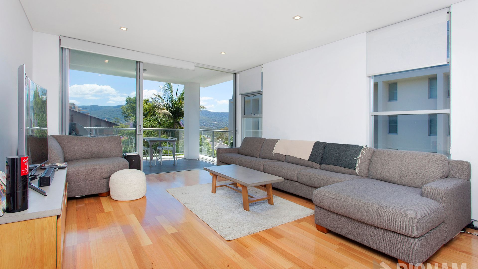 304/18 Kembla Street, Wollongong NSW 2500, Image 1
