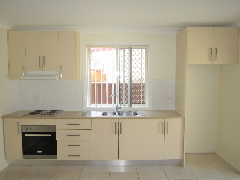 9a Marsden Close, Bossley Park NSW 2176, Image 1