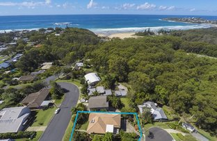 Picture of 14 Campbell  Street, Safety Beach NSW 2456