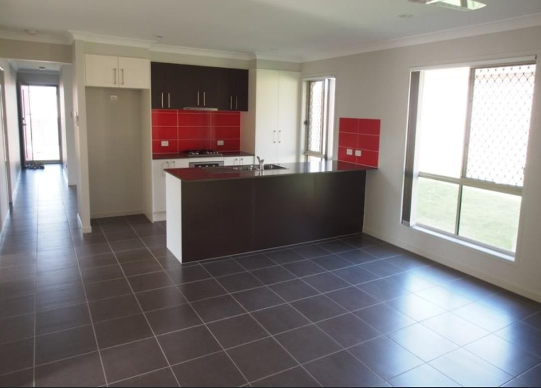 62 Goundry Drive, Holmview QLD 4207, Image 2