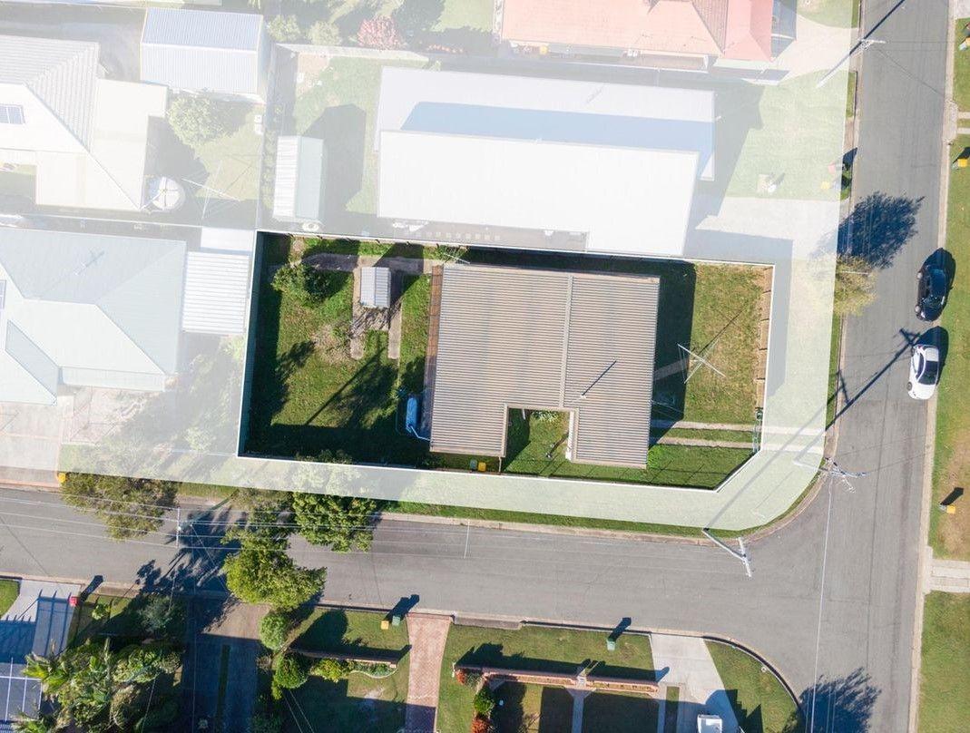 19 Armstrong Street, Clontarf QLD 4019, Image 1
