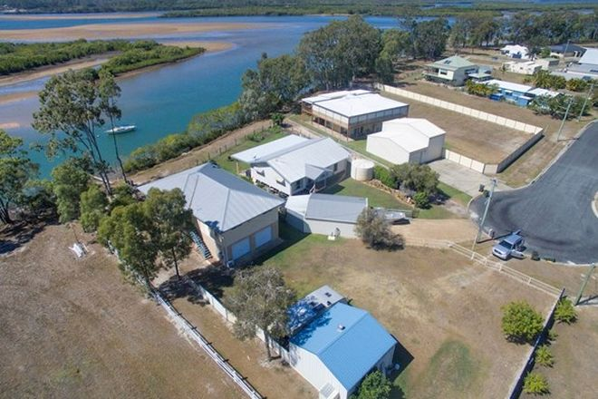 Picture of 3 Fisherman Avenue, WINFIELD QLD 4670