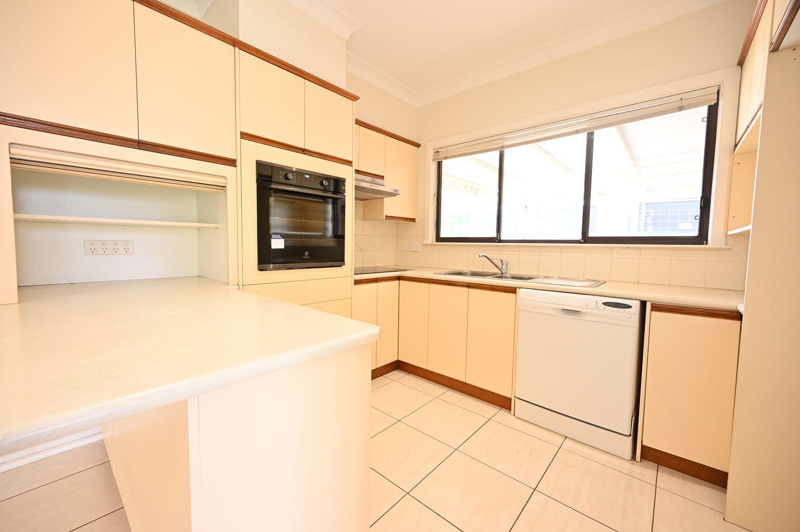58 Gordon Avenue, Griffith NSW 2680, Image 2