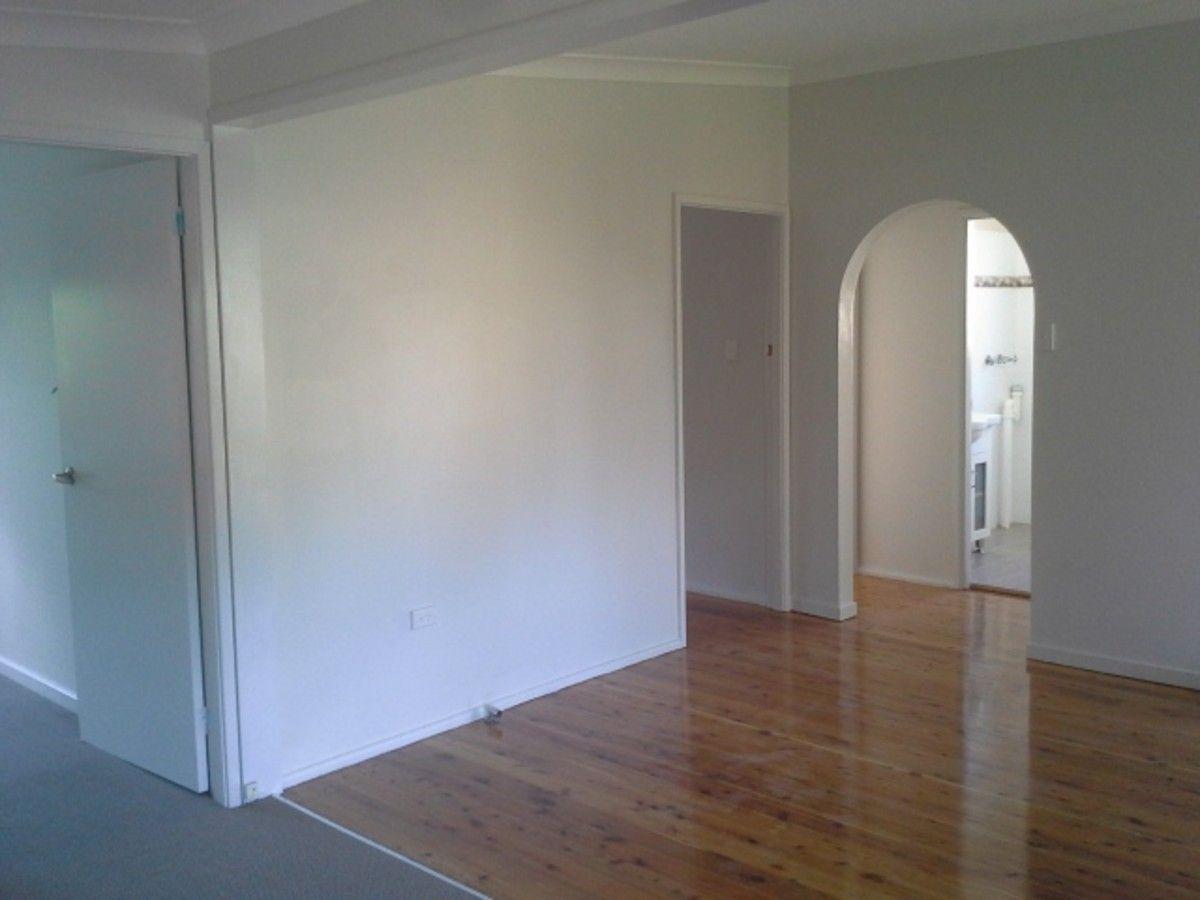 27 Inderan Avenue, Lake Haven NSW 2263, Image 4