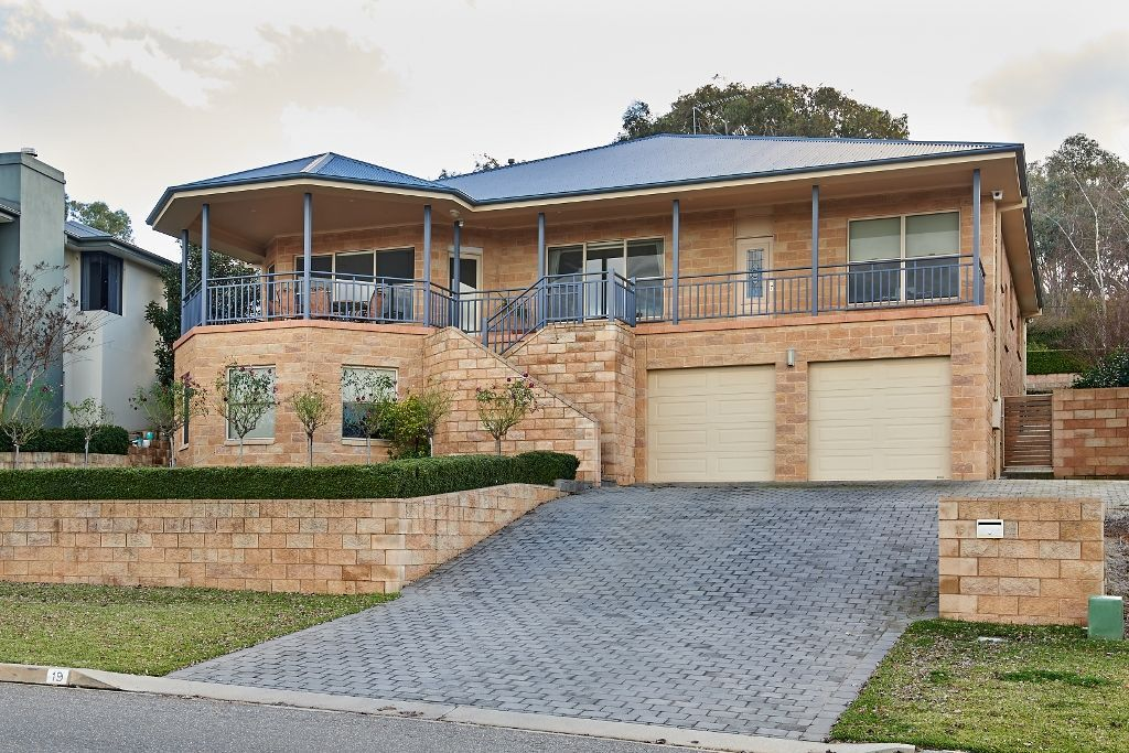 19 Atherton Crescent, Tatton NSW 2650, Image 0