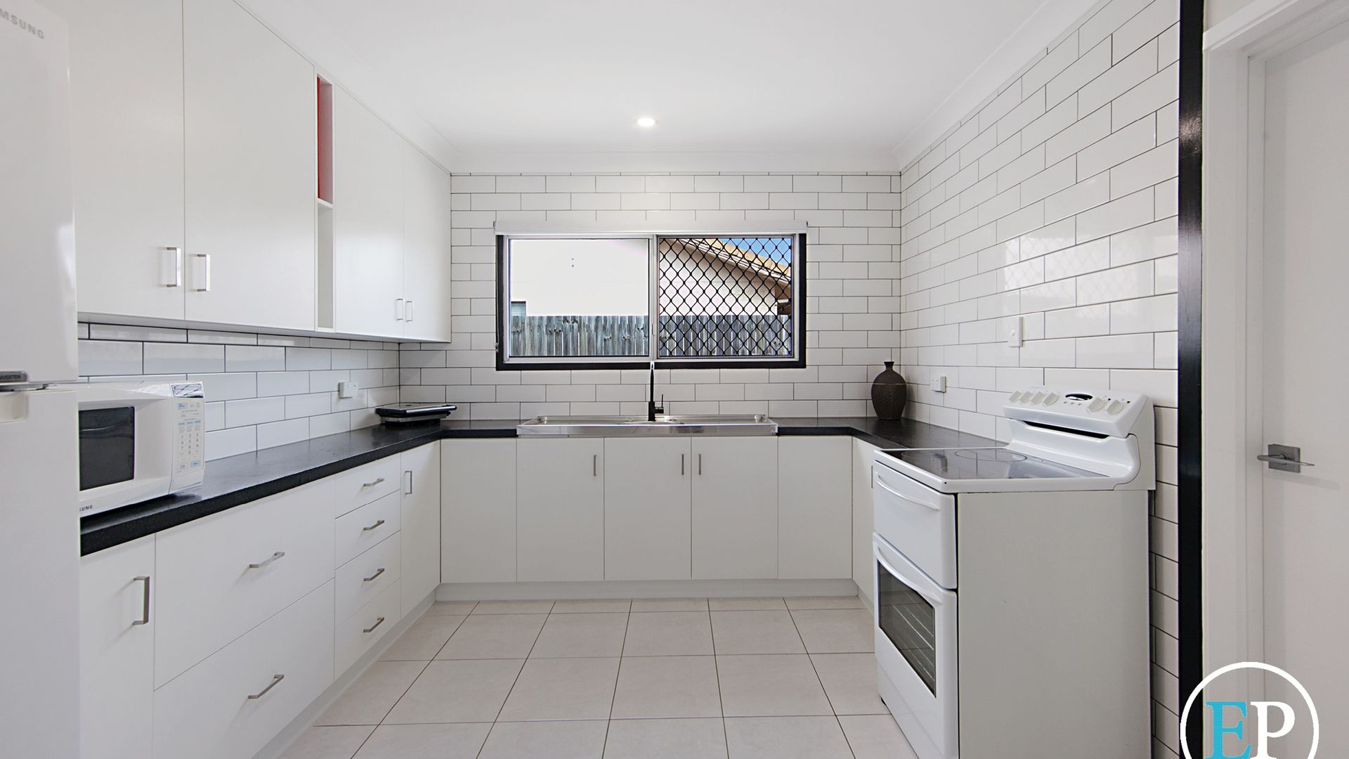 10 Gilliat Street, Wulguru QLD 4811, Image 2